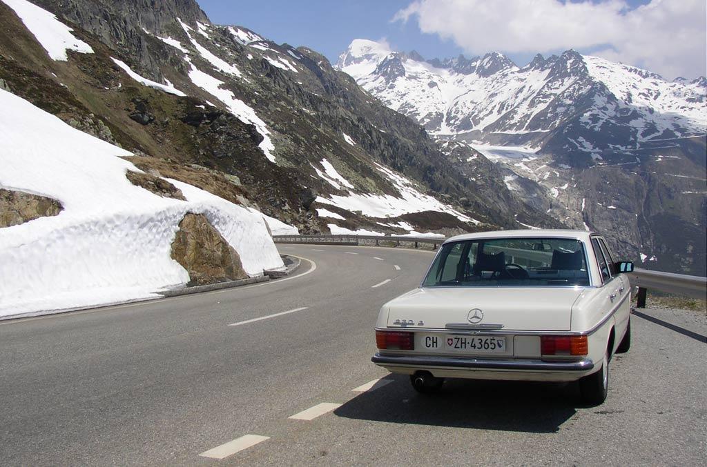 1974 mercedes benz 230 6 8 w114 for Mercedes benz 663